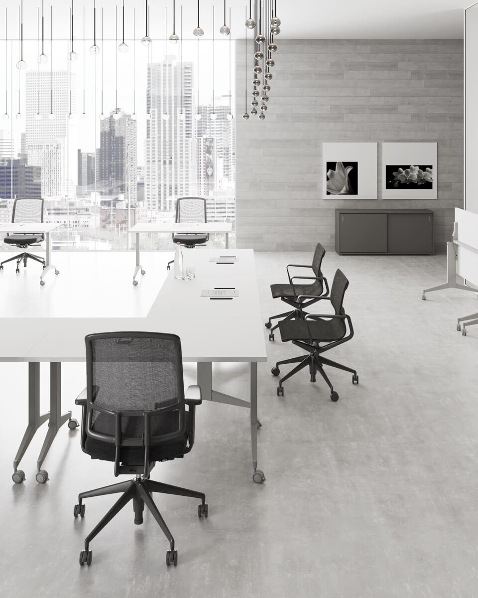 Billenthető lapos asztalok Extend FL9 fémlábbal 2