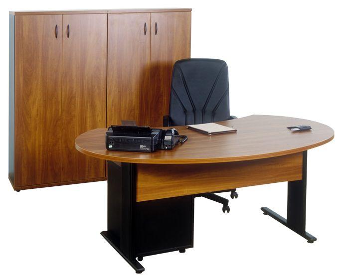 Vezetői íróasztal AVA fémlábbal