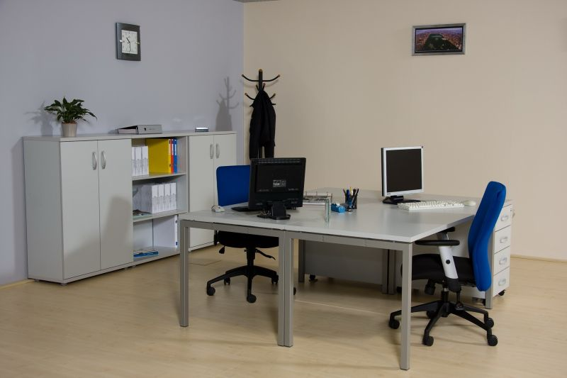 Corner fémlábas asztalok 2 személyes