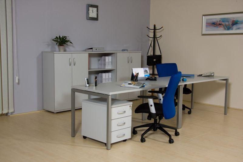 Corner fémlábas asztalok dupla munkahely
