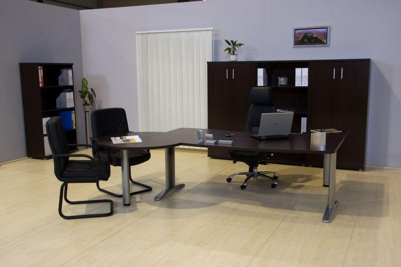 LUX fémlábas íróasztalok ezüst színű lábszerkezett