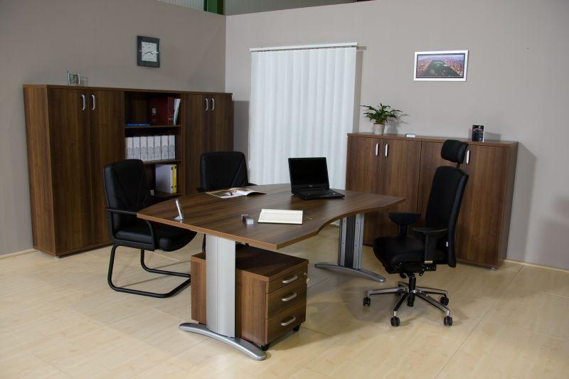 LUX fémlábas vezetői íróasztal íves kiképzéssel